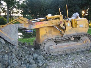 Raupenbagger bei LKW Verwertung HEBA in Mistelbach bei Wels
