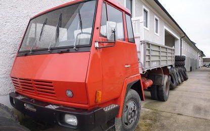 Steyr 790 Alukipper bei HEBA LKW Verwertung in Mistelbach bei Wels