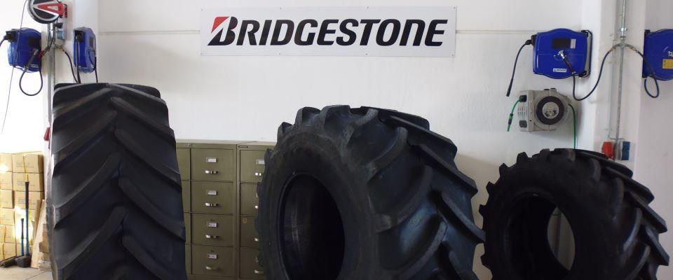 Bridgestone Reifenstammtisch bei HEBA-Reifen in Mistelbach bei Wels