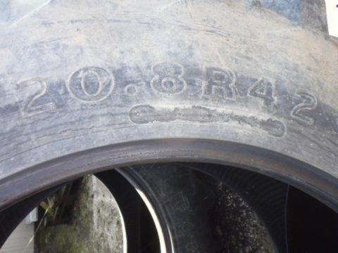 Firestone 20.8R42 bei HEBA-Reifen in Mistelbach bei Wels