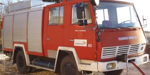 Steyr 790 4x4 bei HEBA-Reifen in Mistelbach bei Wels