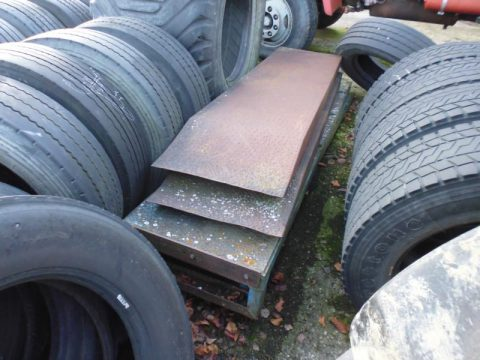 Auffahrtsrampe bei HEBA-Reifen in Mistelbach bei Wels